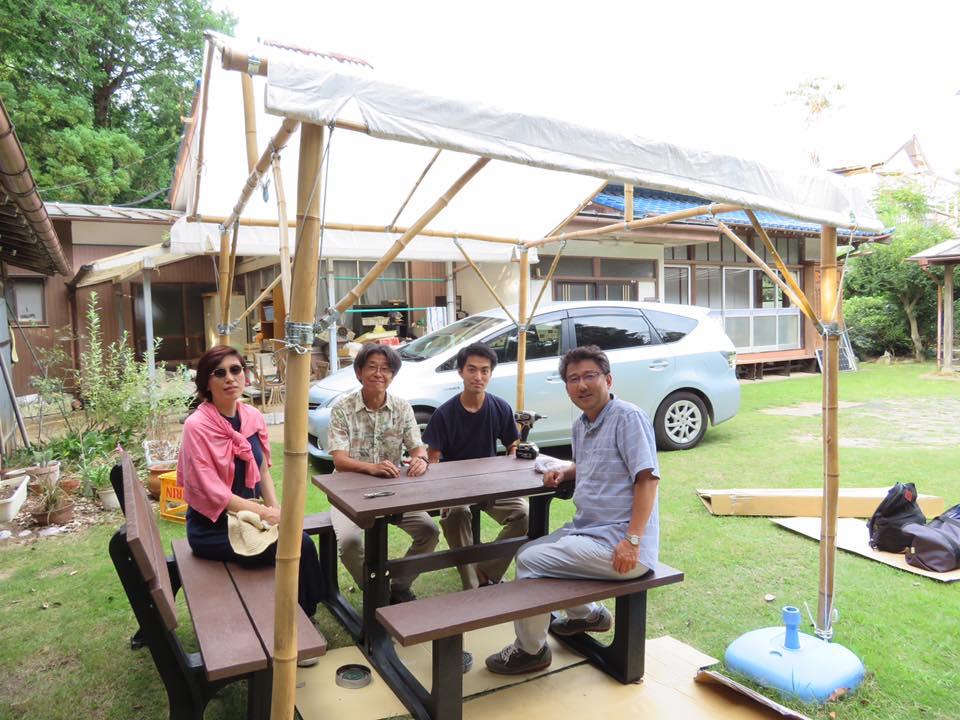 7月 竹テントとリサイクルプラスチックテーブル